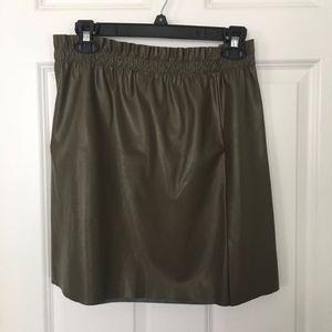 LOFT faux leather olive paperbag skirt Size 8